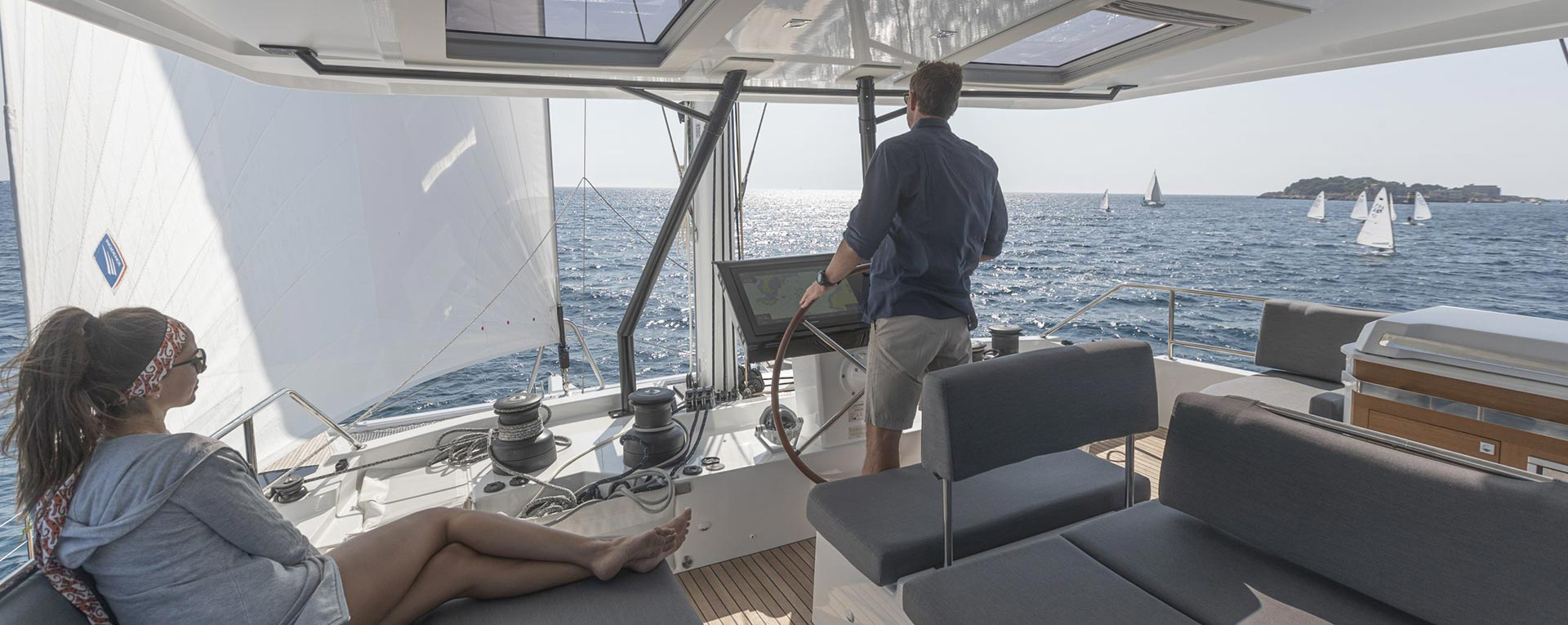 Astoria Catamaran Footer Image